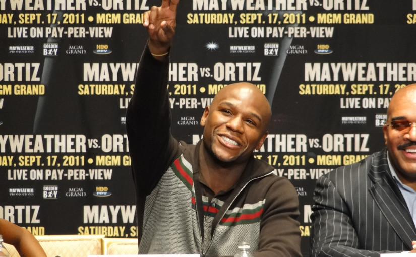 "Floyd Mayweather Isn't Backing Down From His ""All Lives Matter"" Comments"